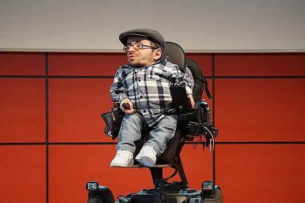 Vortrag Raul Krauthausen SRH Stephen-Hawking-Schule
