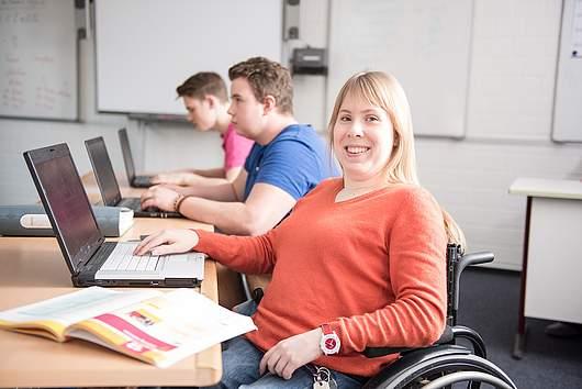 Wirtschaftsschule - SRH Stephen-Hawking-Schule