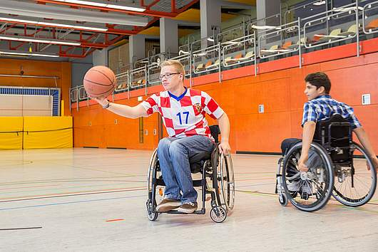 Ganztagsschule: Rollstuhlbasketball - SRH Stephen-Hawking-Schule